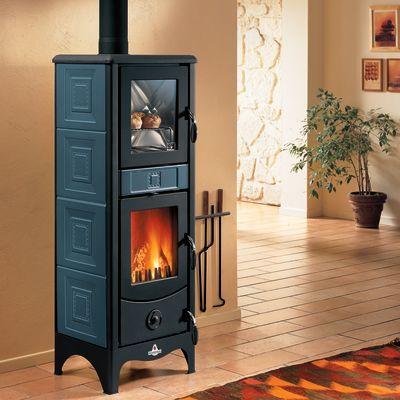 Stufa a legna con forno Maddalena blu: prezzi e offerte online