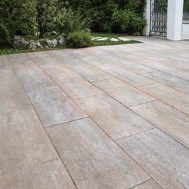 Pavimenti in cemento per esterni prezzi e offerte for Offerte giardino