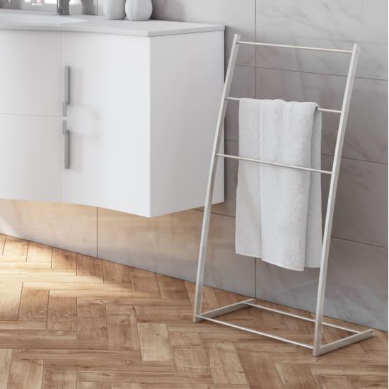 Arredo bagno e sanitari idee offerte e prezzi per l for Piantane per bagno