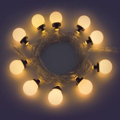 Catena luminosa 10 sfera Led classica gialla 5 m