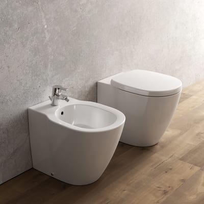 Sanitari Filo Muro Ideal Standard.Vaso A Pavimento Filo Muro Ideal Standard Ideal Soft Aquablade