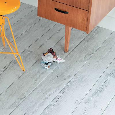 Pavimento vinilico adesivo white pecan 2 mm prezzi e for Pavimento legno esterno leroy merlin